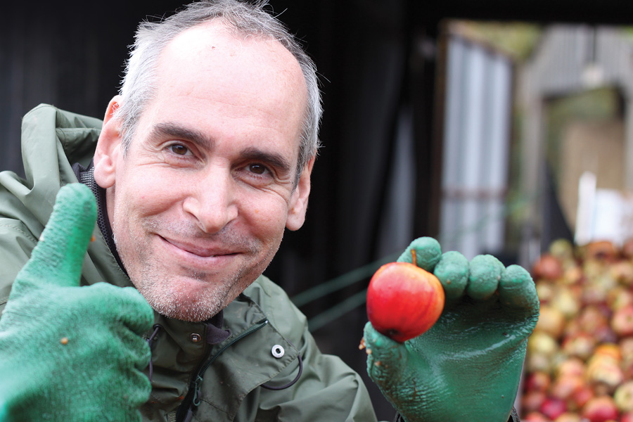 Alex Culpin giving cider apples a thumbs up